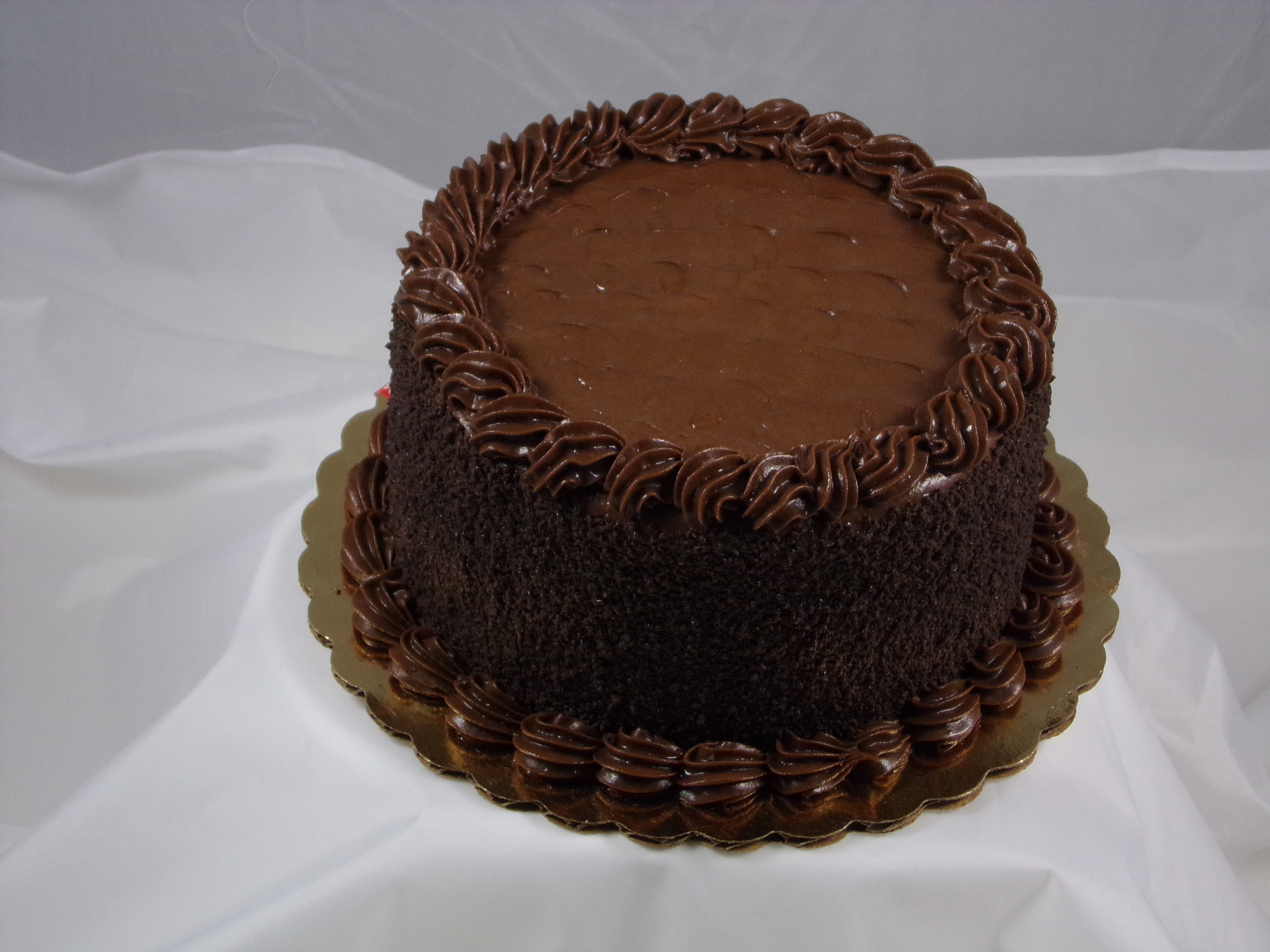 6″ Chocolate Fudge Cake
